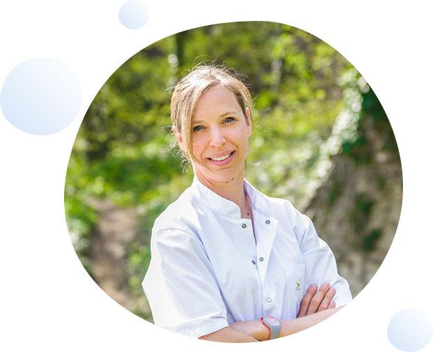 Dr Florence LEGER-NGUYEN service gastro-entérologues Clinique du Val d'Ouest
